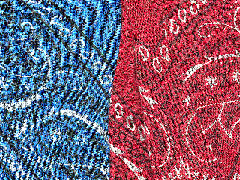 800px-Red_and_blue_bandannas